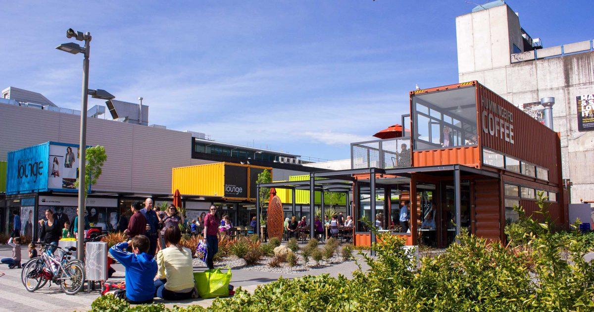 Backpacker Bus Christchurch - Re:Start Mall